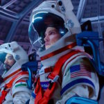 (S)visto per voi: Away. Salvate l'astronauta Hilary Swank