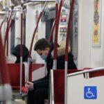 Baricco e il saggio sul Mito della Pandemia, da leggere a casaccio in metro sullo smartphone